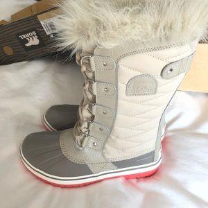Sorel Tofino Women's Snow Boots 6